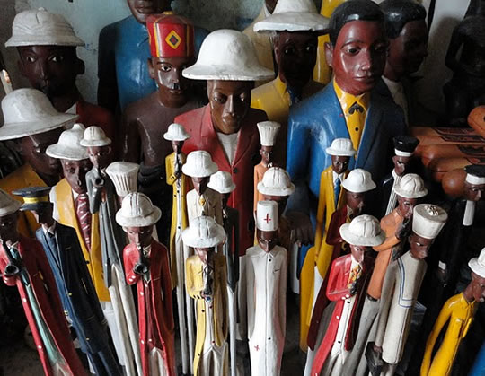 Photo of handcarved and painted figures.